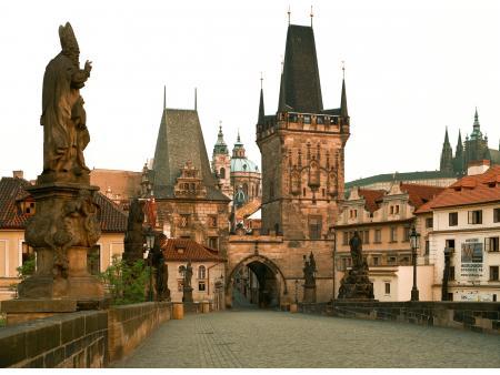 7c6064f4f49 ZNOVU OTEVŘENÁ PAMÁTKA  Malostranská věž zve k prohlídce  01.07.2013  Muzeum  hlavního města Prahy otevřelo od 1. července Malostranskou mosteckou věž